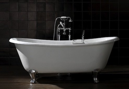 Découpe de baignoire en fonte