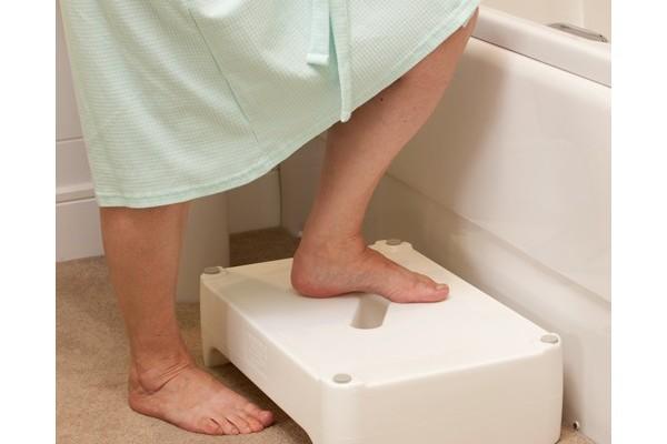 Ouverture latérale de baignoire pour Seniors